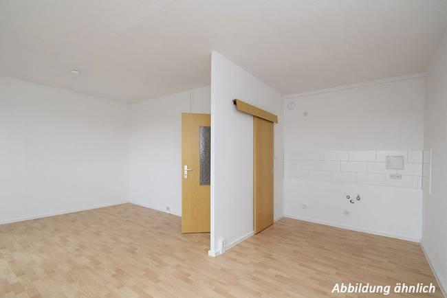 Wohn-Küchenbereich: 3-Raum-Wohnung Am Hohen Ufer 30