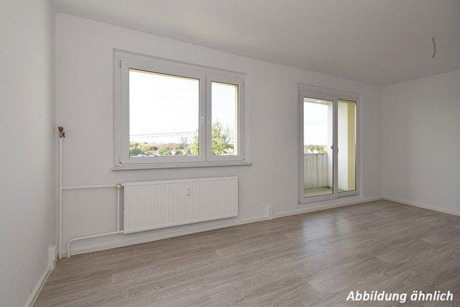 Wohnzimmer: 3-Raum-Wohnung Genthiner Straße 8