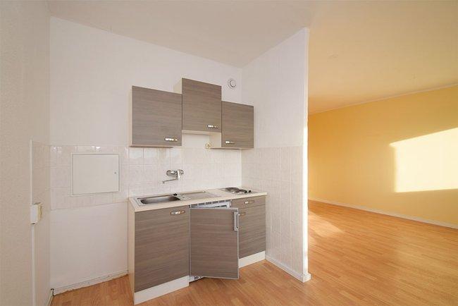 Küchenbereich: 1-Raum-Wohnung Weißenfelser Straße 49