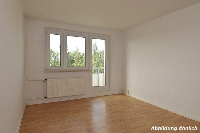 Wohnzimmer: 2-Raum-Wohnung Brüsseler Straße 12