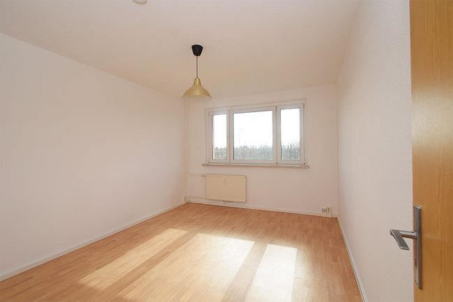Schlafzimmer: 3-Raum-Wohnung Südstadtring 37