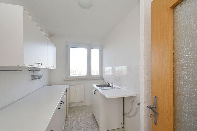Küche: 3-Raum-Wohnung Südstadtring 37