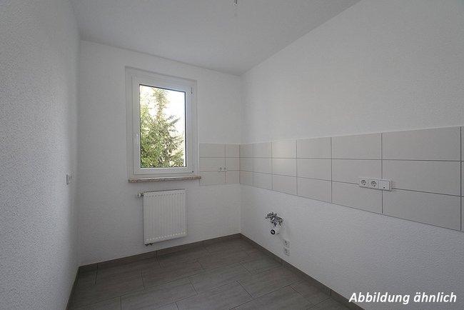 Küche: 3-Raum-Wohnung Paul-Suhr-Straße 48c