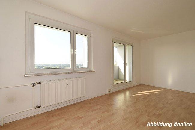 Wohnzimmer: 2-Raum-Wohnung Am Hohen Ufer 10