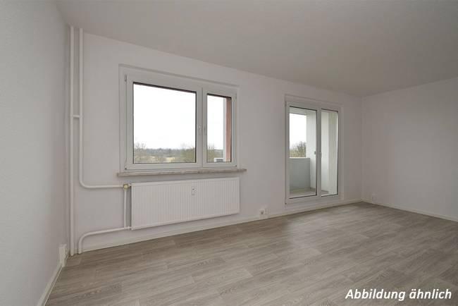 Wohnzimmer: 2-Raum-Wohnung Am Hohen Ufer 6